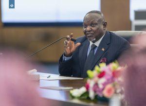 وفد كيني يدعو المهتمين بالسلام والأمن العالمي لزيارة (اعتدال)